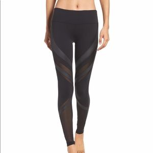 ALO High Waist Epic Legging in Black